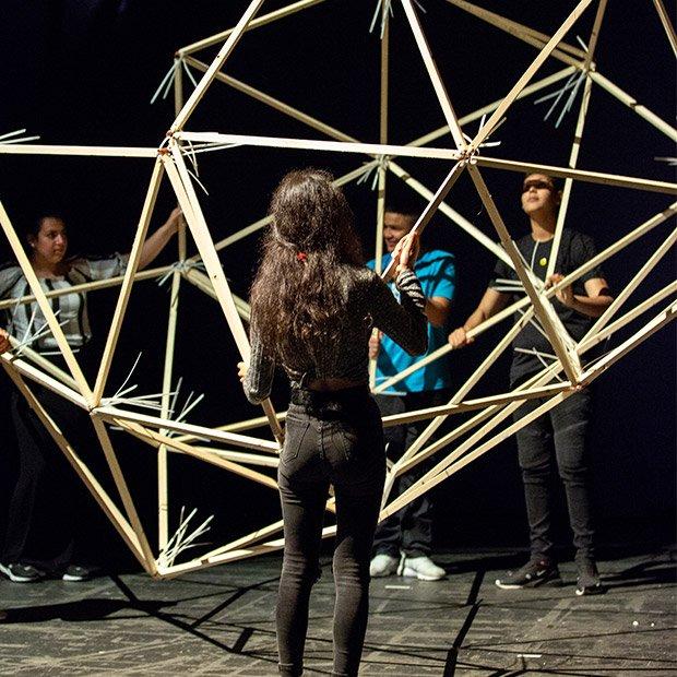 Bild: All Our Futures / © Schauspiel Frankfurt