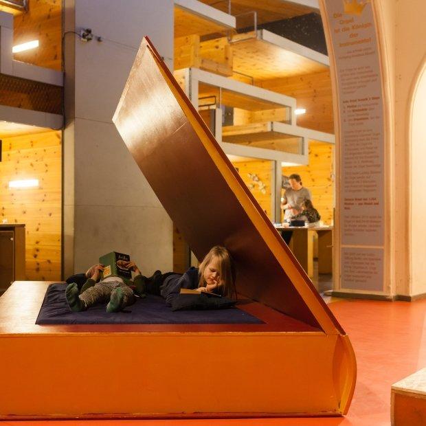 Foto: Kinder im Museum / @Eva von Schirach